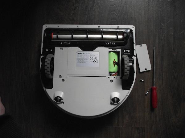 Аккумуляторный отсек Neato XV-21