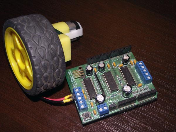 Подключение двигателя постоянного тока к Motor Shield