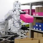 Хитачи разработала робота для работы на складе